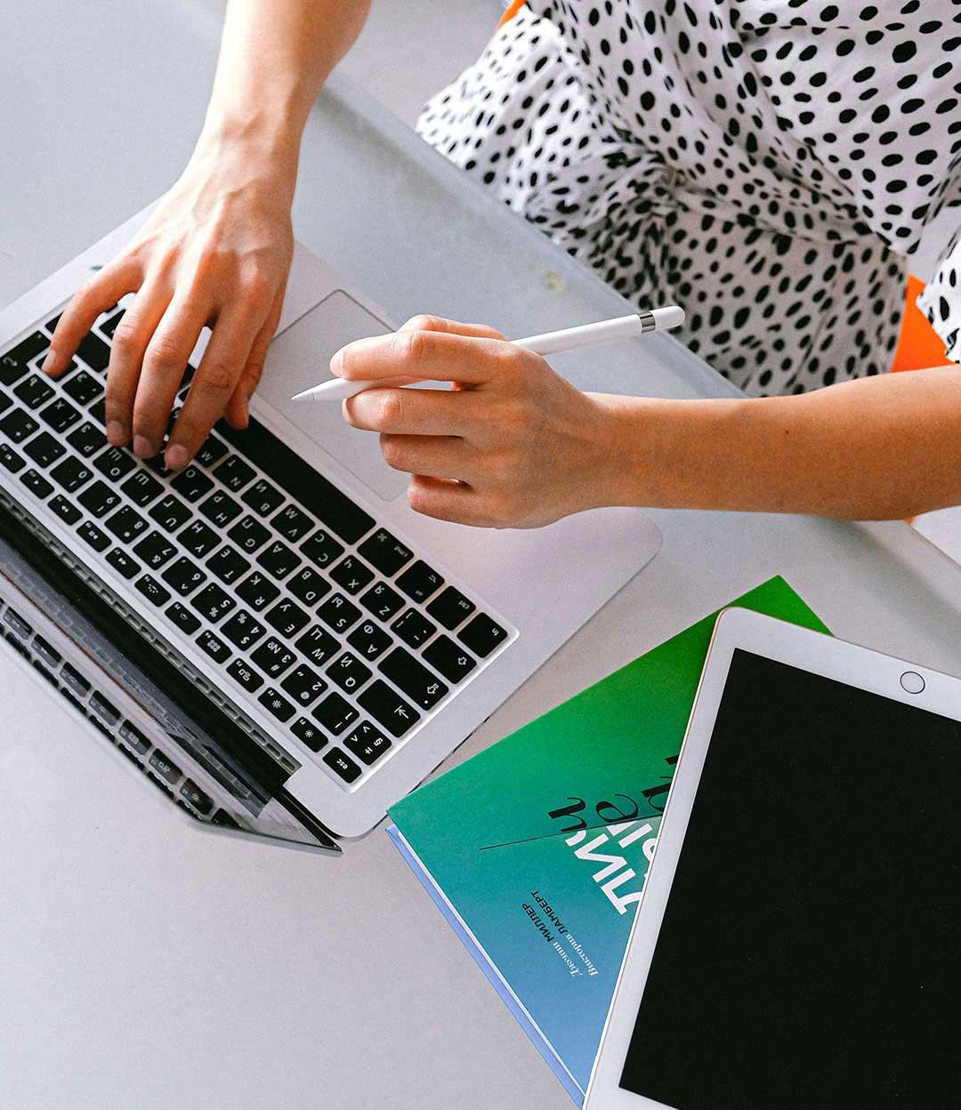 Créez votre entreprise avec School Online University